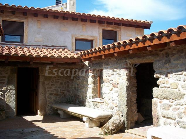 Descubre la Casa Rural Farruco y Luisa en Palacios del Arzobispo