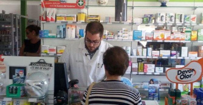 La receta electrónica se implanta en otras 5 farmacias, y ya son 18 en la provincia